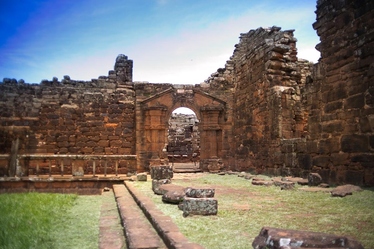 San Ignacio Mini é um local especial localizado a 250 km de Foz do Iguaçu