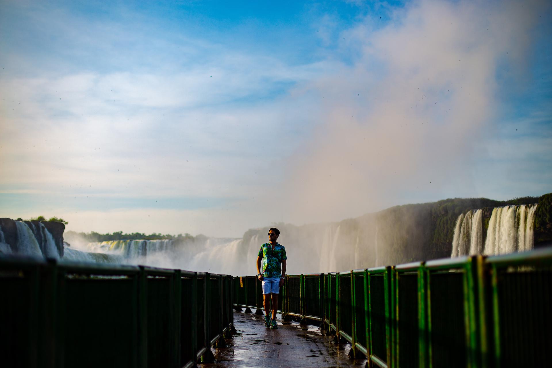 As primeiras luzes nas Cataratas do Iguaçu